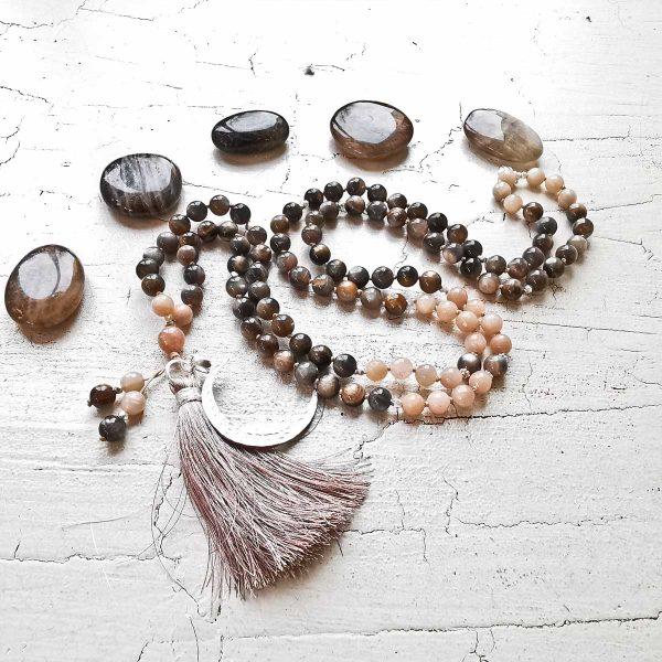 Malakette, Yogaschmuck, Meditationskette, Spiritueller Schmuck, Mantraschmuck, Edelsteine, Heilsteine, Buddhistische Kette, Individuelle Malakette, Malakettenberatung,